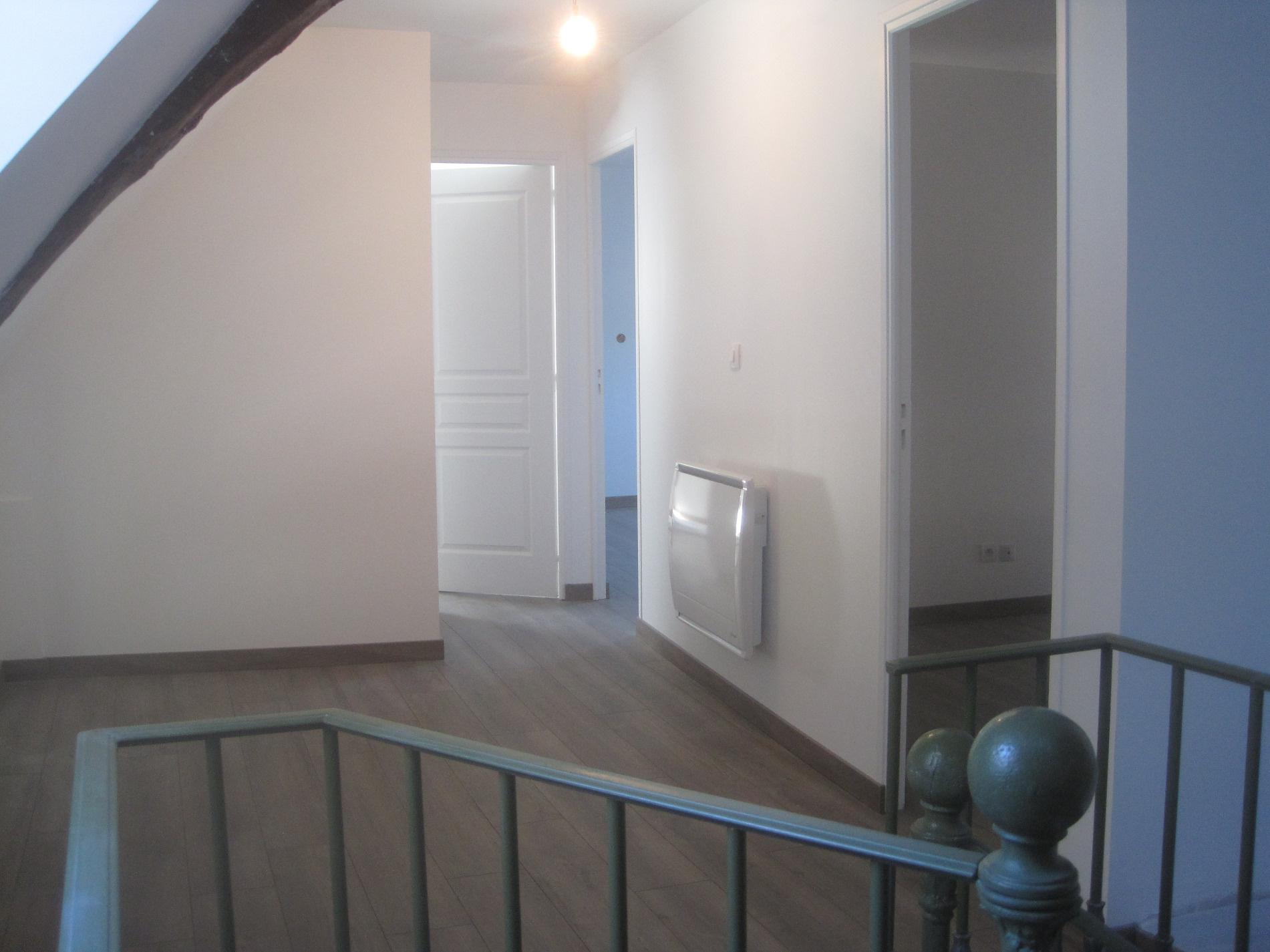 location bourgoin jallieu salagnon et plus appartements et maisons louer. Black Bedroom Furniture Sets. Home Design Ideas