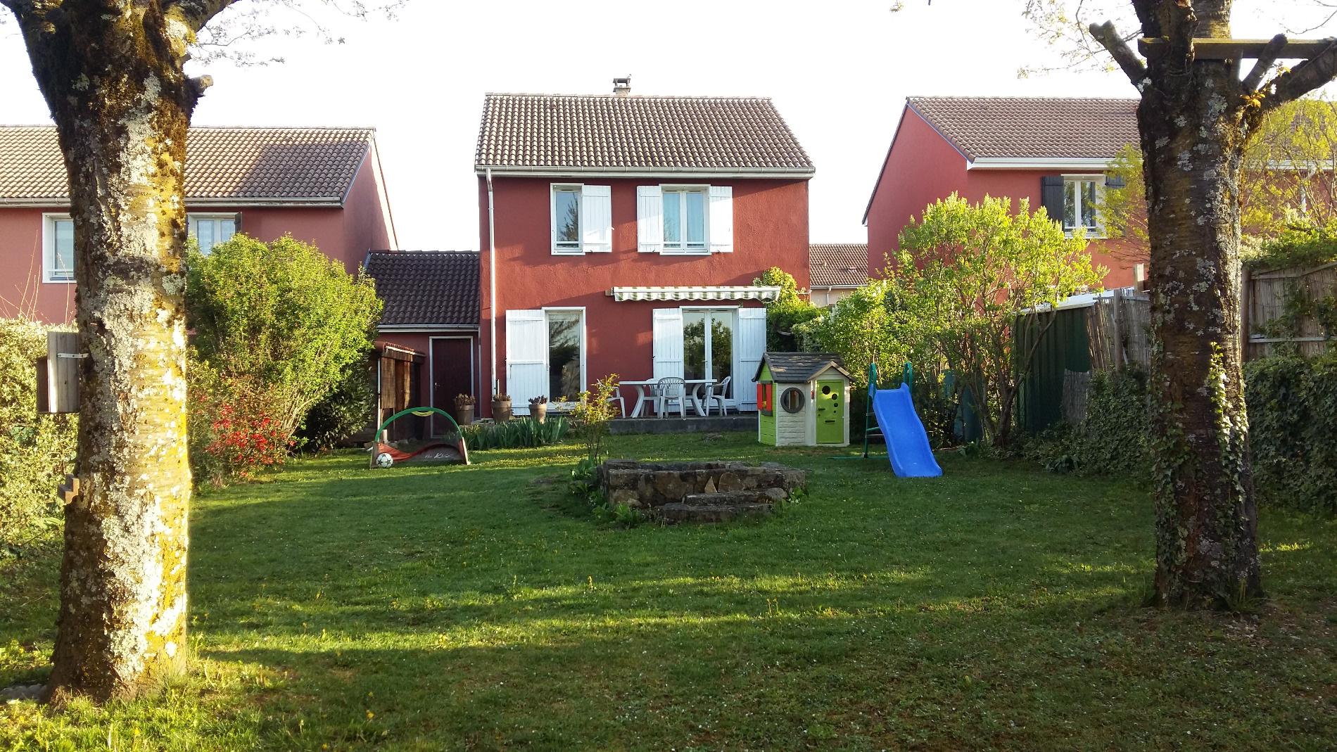 Annonce vente maison l 39 isle d 39 abeau 38080 90 m 189 for Vente maison l